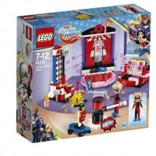"Конструктор LEGO Super Hero Girls ""Дом Харли Квинн"""
